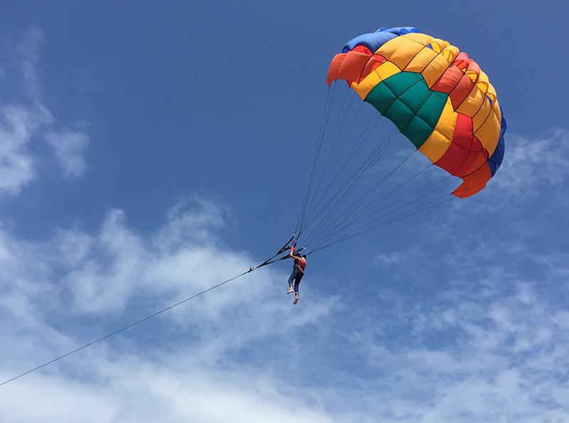 parasailing-bali-tanjung-benoa