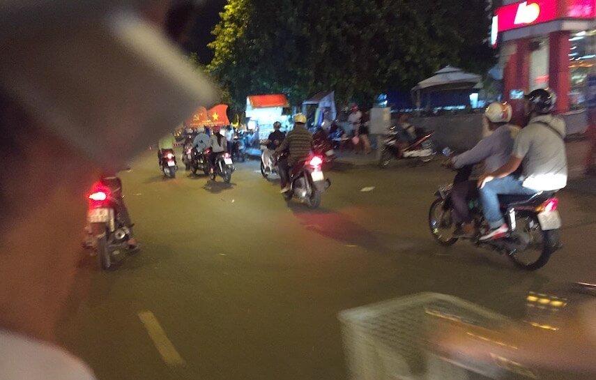 ride-in-ho-chi-minh-city-blog-fariz-izhan