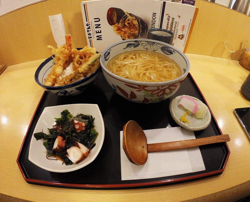set-tempura-nasi-udon-fariz-izhan