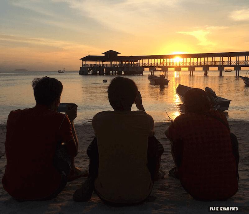 kenangan-pemandangan-matahari-terbenam-perhentian-kecil