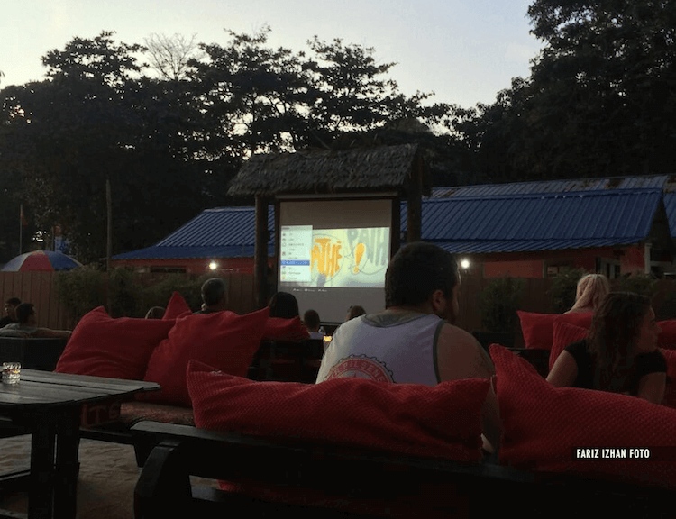 ombak-resort-sunset-movie