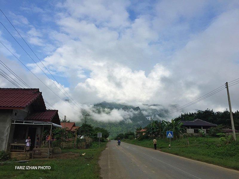 pemandangan-kampung-banthamtai-laos